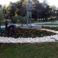 Spomenik Krešimiru Ćosiću